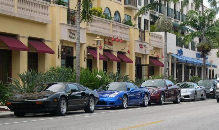 Fifth Ave South Naples Florida